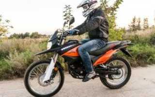 Как правильно сидеть на мотоцикле