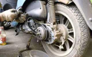 Как на скутере натянуть ремень