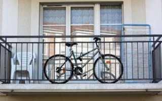 Как повесить велосипед на балконе