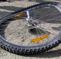 Как убрать восьмерку на колесе велосипеда без спицевого ключа