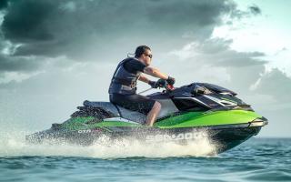 Как называется мотоцикл который ездит по воде