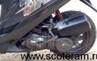 Какое заливать масло в двигатель скутера