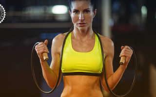 Универсальный жиросжигатель: как скакалка помогает стать стройнее и выносливее