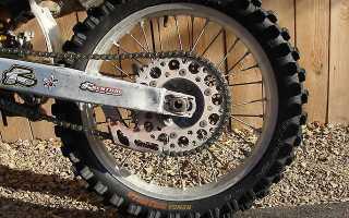 Как подтянуть цепь на мотоцикле
